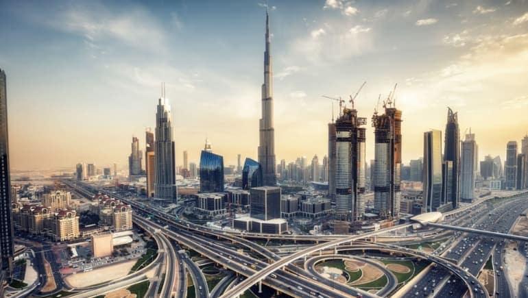 Burj Khalifa por la tarde