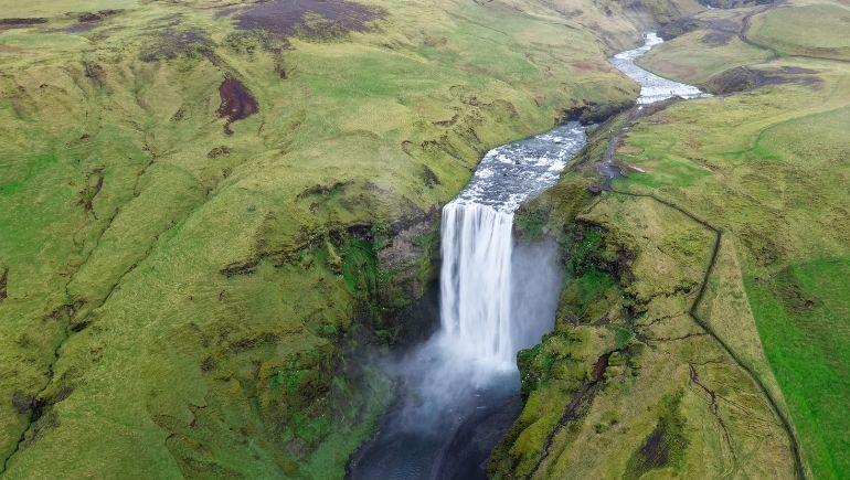 cascada Skógafoss aerea
