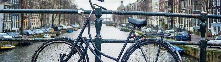 Alquilar una bicicleta en Ámsterdam portada