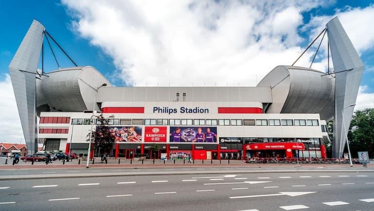 Philips Stadion, algo que ver en Eindhoven