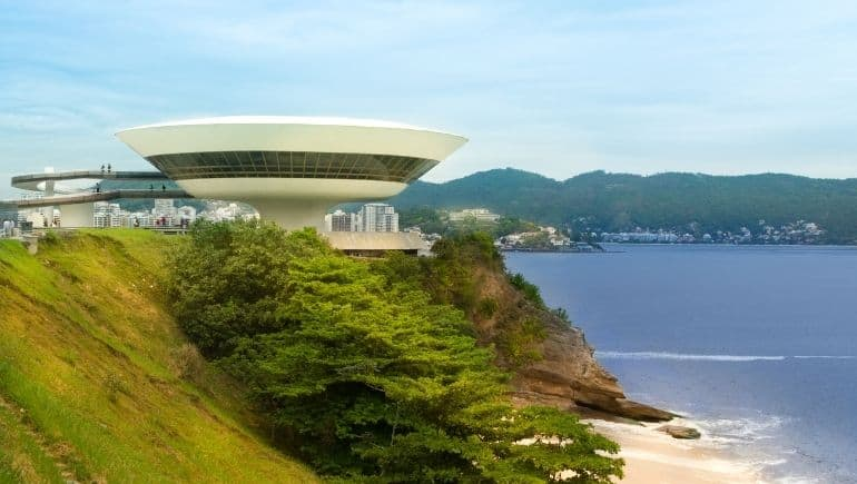 Monumentos de Brasil _ Museo de Arte Contemporáneo de Niterói