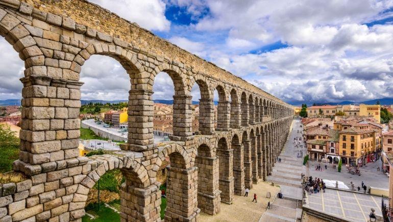 Monumentos romanos en España: Acueducto de Segovia