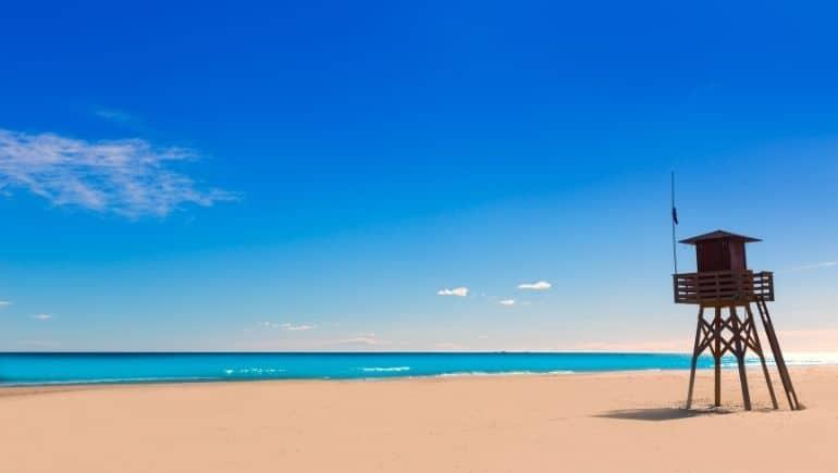 Pueblos de Valencia con playa - Canet
