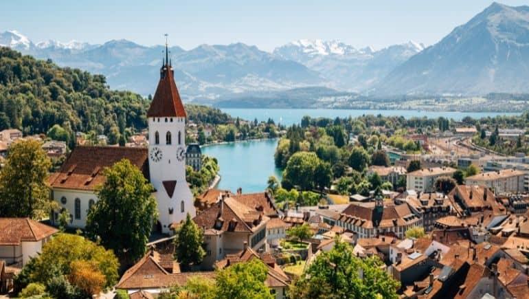 Curiosidades de Suiza: tiene más de 7.000 lagos