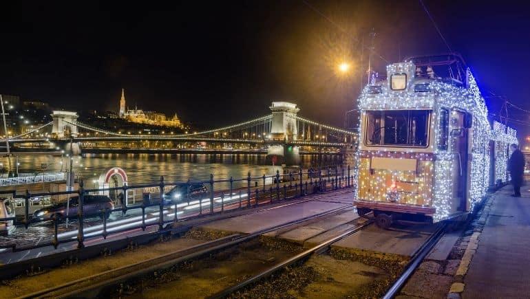 Tranvía navideño - Budapest en Navidad