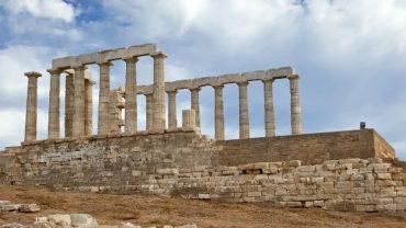El Templo de Poseidón, un tesoro milenario en las costas del mar Egeo.